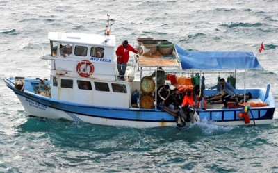 Πολύνεκρο ναυάγιο με μετανάστες κοντά στην Κεφαλονιά...