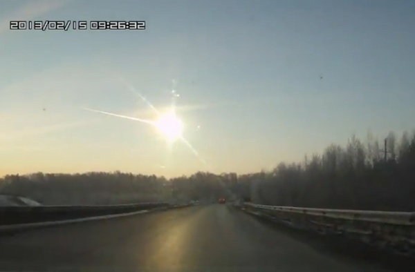 dnews-files-2013-02-meteorite-russia-explosion-130215-jpg