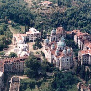 Η μυθική άγονη γραμμή: οΕλληνισμός