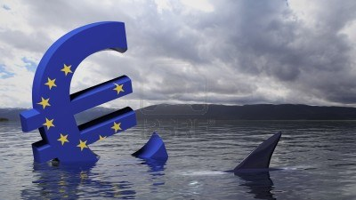 18558042-euro-symbol-with-european-union-flag-sinking-in-the-water