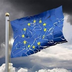 ΔΙΑΛΥΕΤΑΙ Ο ΓΑΛΛΟΓΕΡΜΑΝΙΚΟΣ ΑΞΟΝΑΣ Μπενουά Αμόν: «Να τελειώνουμε με τη λιτότητα στην Ευρώπη – Μόνο η Γερμανία τηθέλει»!