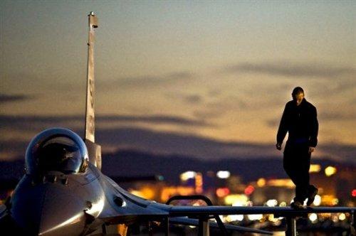 F16KALLITEXNIKI