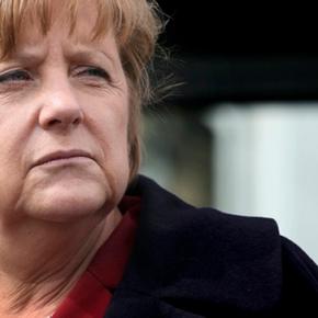 «Αδιάλλακτη εγωίστρια η Μέρκελ που νοιάζεται μόνο για τουςΓερμανούς»