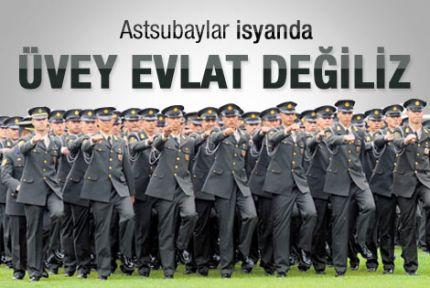 """""""Εμείς δεν είμαστε τα παραπαίδια του στρατού"""", λένε οι Τούρκοι μόνιμοι υπαξιωματικοί και μετά αυτοκτονούν (τινές εξ αυτών)"""