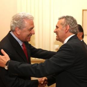 Για ενεργειακή ασφάλεια συζήτησε ο Κύπριος ΥΠΑΜ με Αβραμόπουλο-Παναγιωτόπουλο