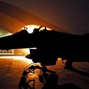 «Καταιγίδα» απολύσεων στην αμυντική βιομηχανία – Συγχωνεύσεις καιλουκέτα