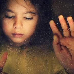 ΓΕΝΟΚΤΟΝΙΑ KAI ΑΛΛΟΙΩΣΗ ΠΛΗΘΥΣΜΟΥ – Οι Έλληνες δεν μπορούν να ζήσουν τα παιδιά τους – Στοιχεία-σοκ από Παιδικά ΧωριάSOS