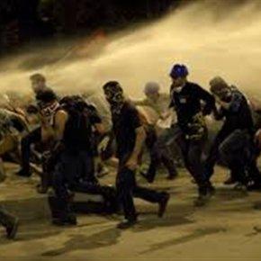 Τουρκία: Οι ειδικές δυνάμεις «κατέλαβαν» την πλατείαΤαξίμ