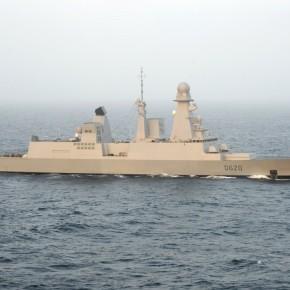 Σε… ενδιαφέρον γαλλικό πλοίο ο αρχηγός τουΓΕΝ