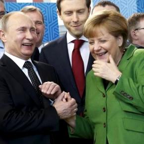 Μέρκελ προς Πούτιν: Φέρτε πίσω τα λάφυρα τουπολέμου