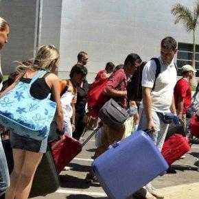 Τουρισμός: Με γοργό βήμα προς τα 17 εκ. αφίξεις φέτος.Στα 2,44 εκ. οι τουρίστες μέχρι τονΜάιο.
