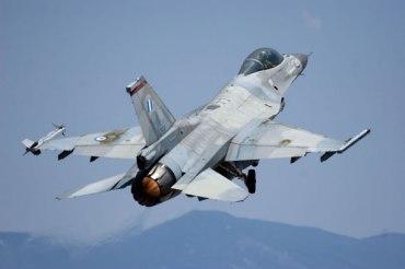 AAA F-16_HAF