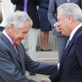 «Η Ελλάδα πρέπει να έχει στρατηγικό ρόλο» – Τι ειπώθηκε στην συνάντηση ΑβραμόπουλουΧέϊγκελ
