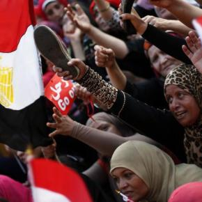 Αίγυπτος: μια Ελληνίδα δημοσιογράφος εξηγεί γιατί πάλιφλέγεται