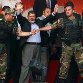 Αίγυπτος: Η στιγμή της σύλληψης του Μόρσι(Βίντεο)