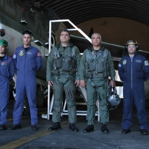 Εκτός απο τις »νοσοκόμες του Πενταγώνου» …Υπάρχουν και οι Μάχιμες γυναίκες της Πολεμικής Αεροπορίας!