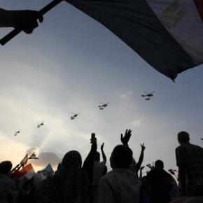 Στον «γύψο» του στρατού & ένταση στηνΑίγυπτο