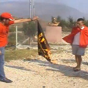 ΕΚΑΨΑΝ ΣΗΜΑΙΑ ΤΗΣ ΧΑ – Μόνο ο Λαϊκός Σύνδεσμος φοβίζει τους Αλβανούς(vid)