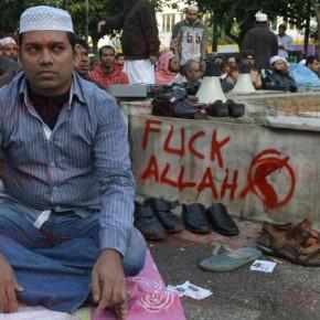 Αποτελούν κίνδυνο οι ισλαμικοί πυρήνες στηνΕλλάδα;