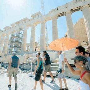 Χωρίς προηγούμενο οι αφίξεις ξένων τουριστών σε Ελλάδα, Τουρκία,Ισπανία