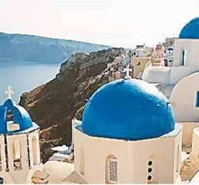 Οι δημοφιλείς προορισμοί βούλιαξαν από τουρίστες, δίνοντας ανάσα στηνοικονομία