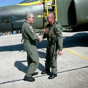 Επικεφαλής της πτήσης επίδειξης με τα RF-4 ο Αρχηγός του ΑΤΑ στην 348 ΜΤΑ !(φώτο)