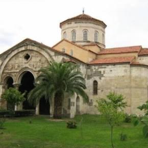 Παρέμβαση Γιαννάκου για τη μετατροπή ναού στην Τραπεζούντα σετζαμί