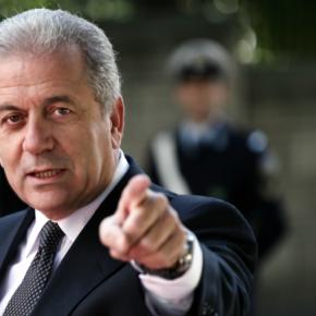 Δ. Αβραμόπουλος: Να εξακριβωθεί ποιοι ευθύνονται για τα χημικά στηΣυρία