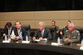 Κορεάτης υπουργός προς Αβραμόπουλο: «Ευγνωμονούμε τηνΕλλάδα»