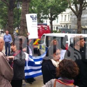 «Φασισμός και Ελλάδα δεν πάνε μαζί» – Μήνυμα από τους Έλληνες τουκόσμου