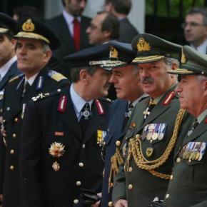 Παραιτήθηκαν 2 στρατηγοί της ΕΛΑΣ λόγω ΧρυσήςΑυγής!