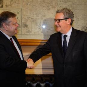 Συνάντηση Ευ. Βενιζέλου με τον Αλ.Ντάουνερ για τοΚυπριακό