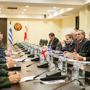 Επίσκεψη υπουργού Εθνικής Άμυνας σε Γεωργία καιΑρμενία