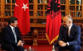 Αλβανία: Τούρκοι σύμβουλοι στην κυβέρνηση ΈντιΡάμα