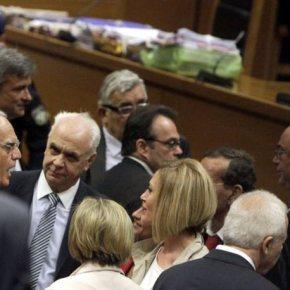 Μάχη για τα ελαφρυντικά: Ο Άκης «συνετέλεσε στην οικονομική ανάπτυξη της χώρας»Επιχειρήματα κάθε είδους επικαλούνται οι συνήγοροι υπεράσπισης για να κερδίσουν την επιείκεια του δικαστηρίου – Αλ Κούγιας: «χαζούλα της υπόθεσης» ηΒίκυ