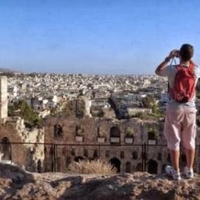 Αραβικό δημοσίευμα: Παρά την κρίση παρουσιάζει αύξηση τουριστών ηΕλλάδα