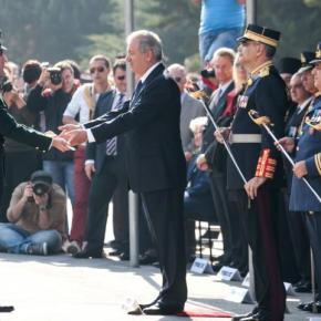 «Η Ελλάδα θα βγει νικήτρια από τη κρίση» δηλώνει οΑβραμόπουλος