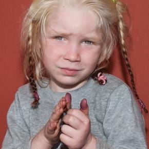 ΠΩΣ Ο Γ.ΚΑΜΙΝΗΣ ΕΔΩΣΕ ΤΑ ΔΙΚΑΙΟΛΟΓΗΤΙΚΑ; (upd) Οι γύφτοι έκλεψαν την 4χρονη και άλλα παιδιά για να παίρνουν επίδομα …τέκνων!