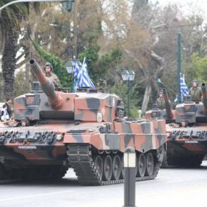 «Με δόξα τιμή» αλλά και έξοδα η παρέλαση στη Θεσσαλονίκη – Μεταφέρουν άρματα και απόΞάνθη!