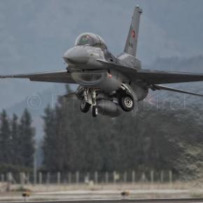 Αναστάτωση των Κυπρίων απο την …Χαμηλή διέλευση των Τούρκικων Μαχητικών στην περιοχή»ΣΟΠΑΖ»