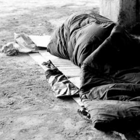 ΠΛΑΤΕΙΑ ΑΜΕΡΙΚΗΣ, ΑΣΤΕΓΟΣ ΕΤΩΝ 16: ΠΕΘΑΝΕ ΑΠΟ ΠΕΙΝΑ ΣΤΗΝ ΕΛΛΑΔΑ ΤΗΣΑΝΑΠΤΥΞΗΣ…