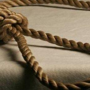 Συγκλονισμένη η Ημαθία από την αυτοκτονία 13χρονης -Βρέθηκε νεκρή στην αποθήκη του σπιτιούτης