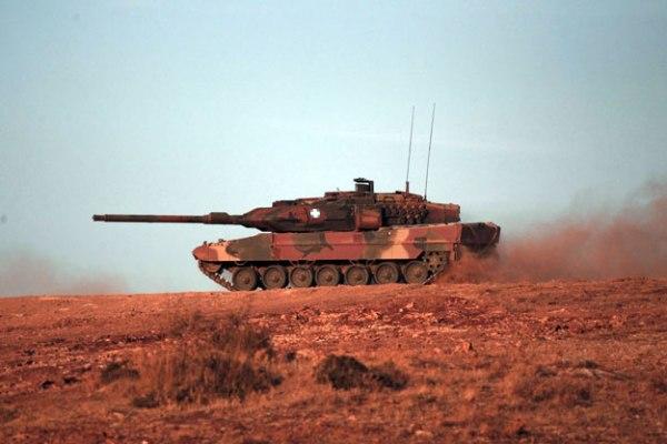 leopard-2hel1