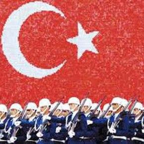 Αμιγώς επαγγελματικές ένοπλες δυνάμεις για τηνΤουρκία