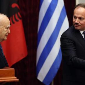 Ζήτημα άρσης του εμπολέμου έθεσε στον Κάρολο Παπούλια ο Πρόεδρος τηςΑλβανίας