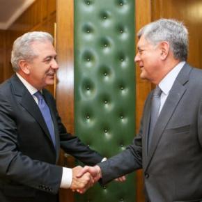 Γιατί έρχεται ο Ρώσος υπουργός Άμυνας στην Αθήνα, τι έκανε στο ΥΠΕΘΑ ο πρέσβης και οιS-300