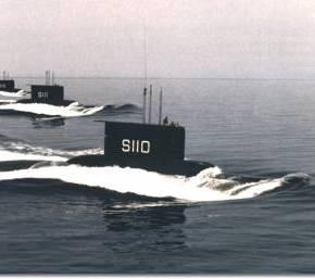 NA ETOIMAZETAI KAI TO «AΒΕΡΩΦ»;»Back to '70's»: Το ΠΝ επαναφέρει στην δράση τα υποβρύχια κλάσης209!