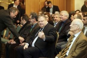 Σφάζονται στο ΠΑΣΟΚ – Κατηγορούν τον Παπανδρέου για τρύπα εκατομμυρίων ευρώ – Κόκκινος από οργή αποχώρησε ο Χρυσοχοίδης μετά τοεπεισόδιο