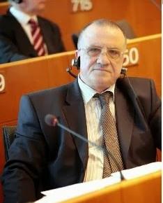 Βούλγαρος Ευρωβουλευτής: Οι Τούρκοι πρέπει να πάρουν ένα μάθημα αντί ναπροδικάζουν