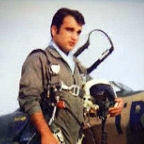 Ο πιλότος που θυσιάστηκε για να σώσει έναχωριό